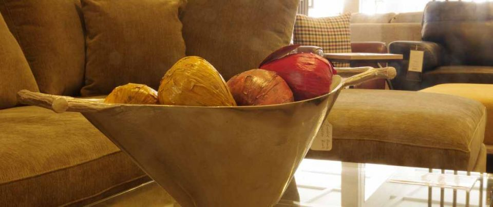 b_960_0_6038113_00_images_blog_features_2020-Fall_tuggs_furniture_wc.jpg